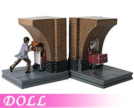 DL4232  Harry Potter Platform (DOLL)
