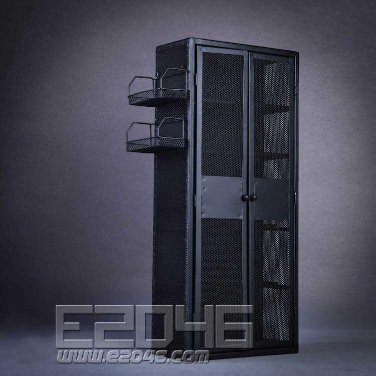 Locker A (DOLL)