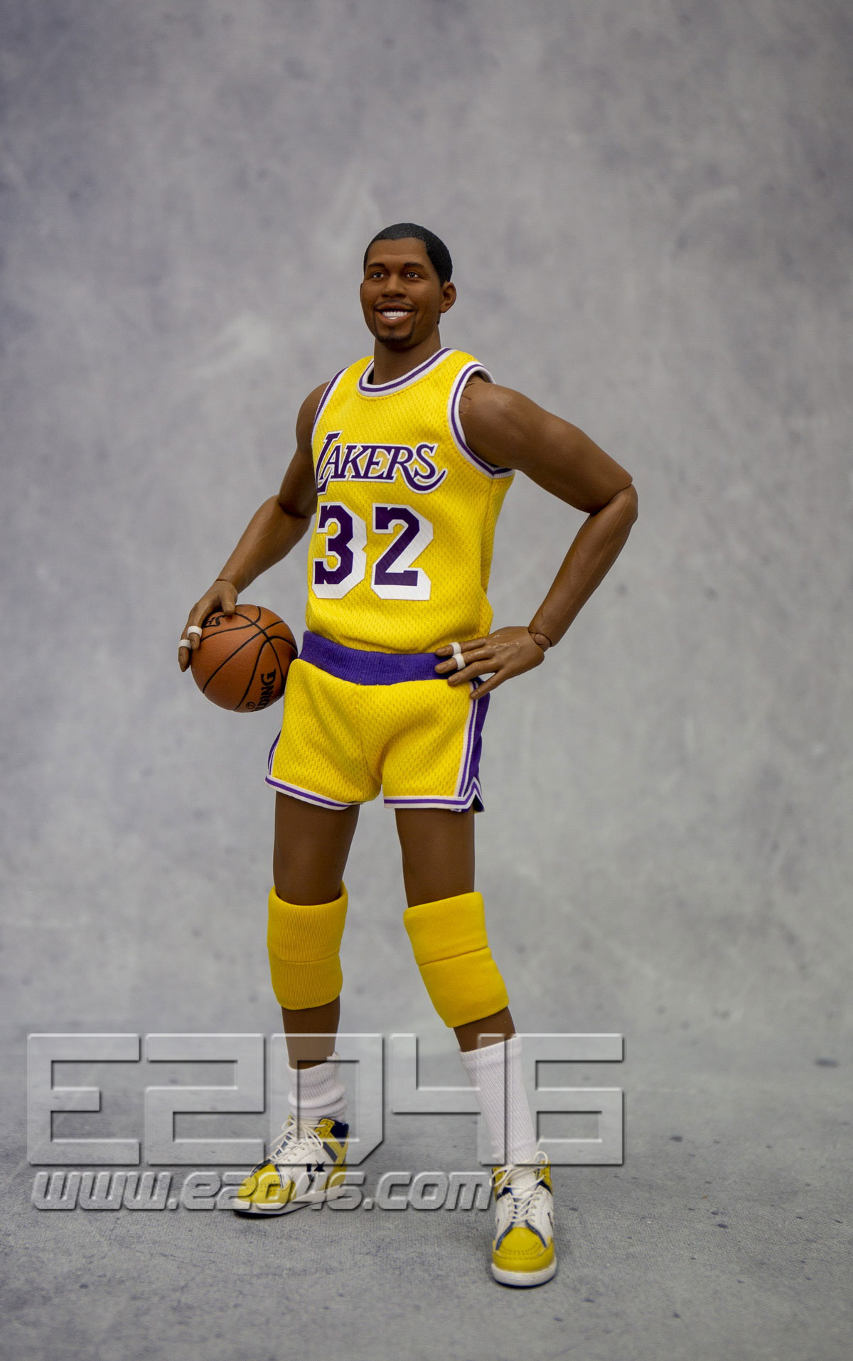 Magic Johnson (DOLL)