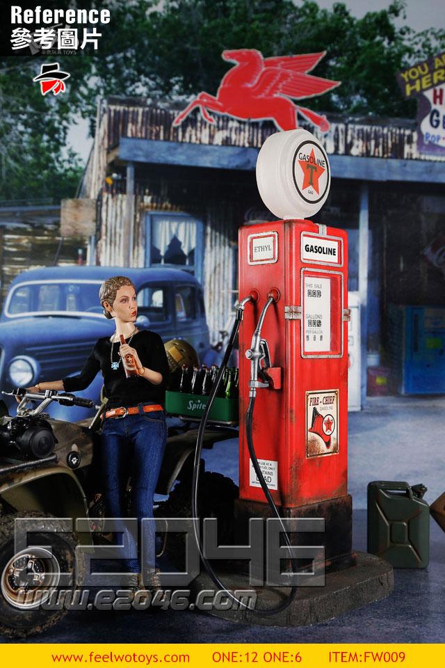 Vintage Gas Pump A (DOLL)